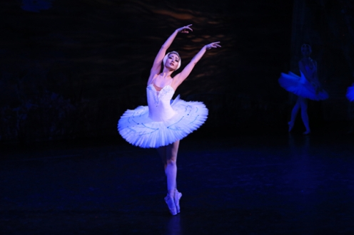 Odette from the 2016 production.
